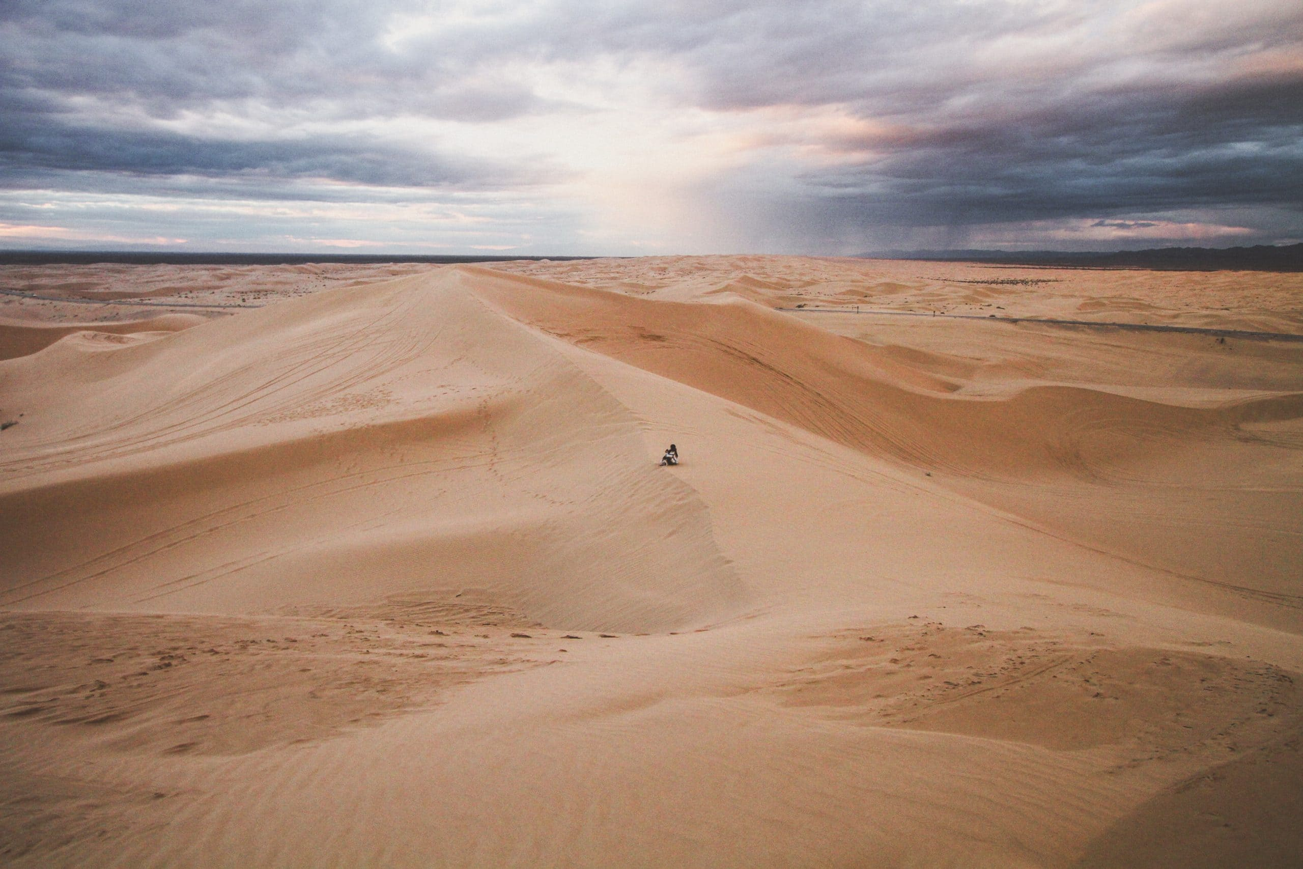 Glamis Sand Dunes in California, one of the best places to elope in California.