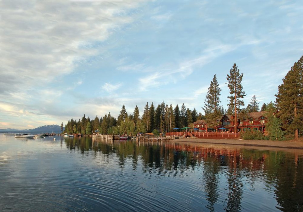 Sunnyside Restaurant and Lodge​, an outdoor wedding venue in Lake Tahoe.
