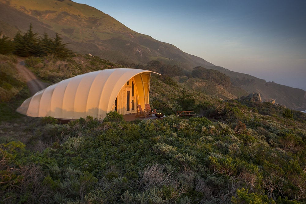 An image of the Gesner Cocoon, and outdoor wedding venue in Malibu.