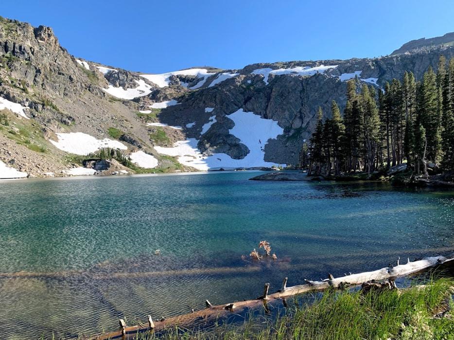 A mountain and a blue lake in El Dorado National Forest, an outdoor wedding venue in Sacramento.