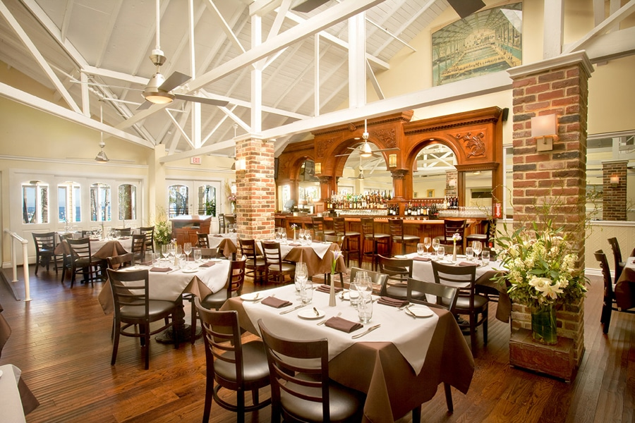 The M Restaurant at Hotel Metropole, a Catalina Island wedding venue.