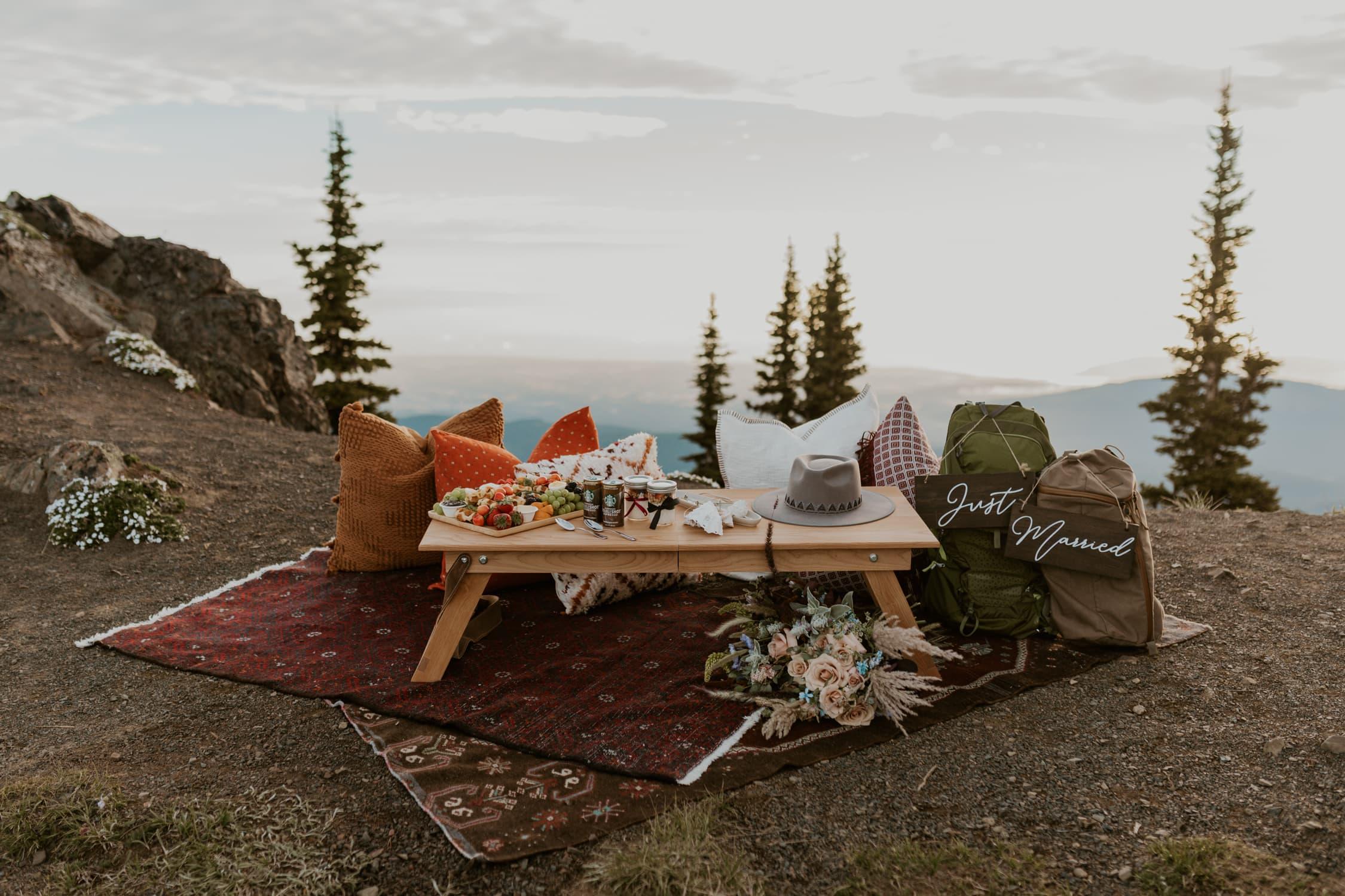 An elopement breakfast picnic on Hurricane Ridge in Washington State.