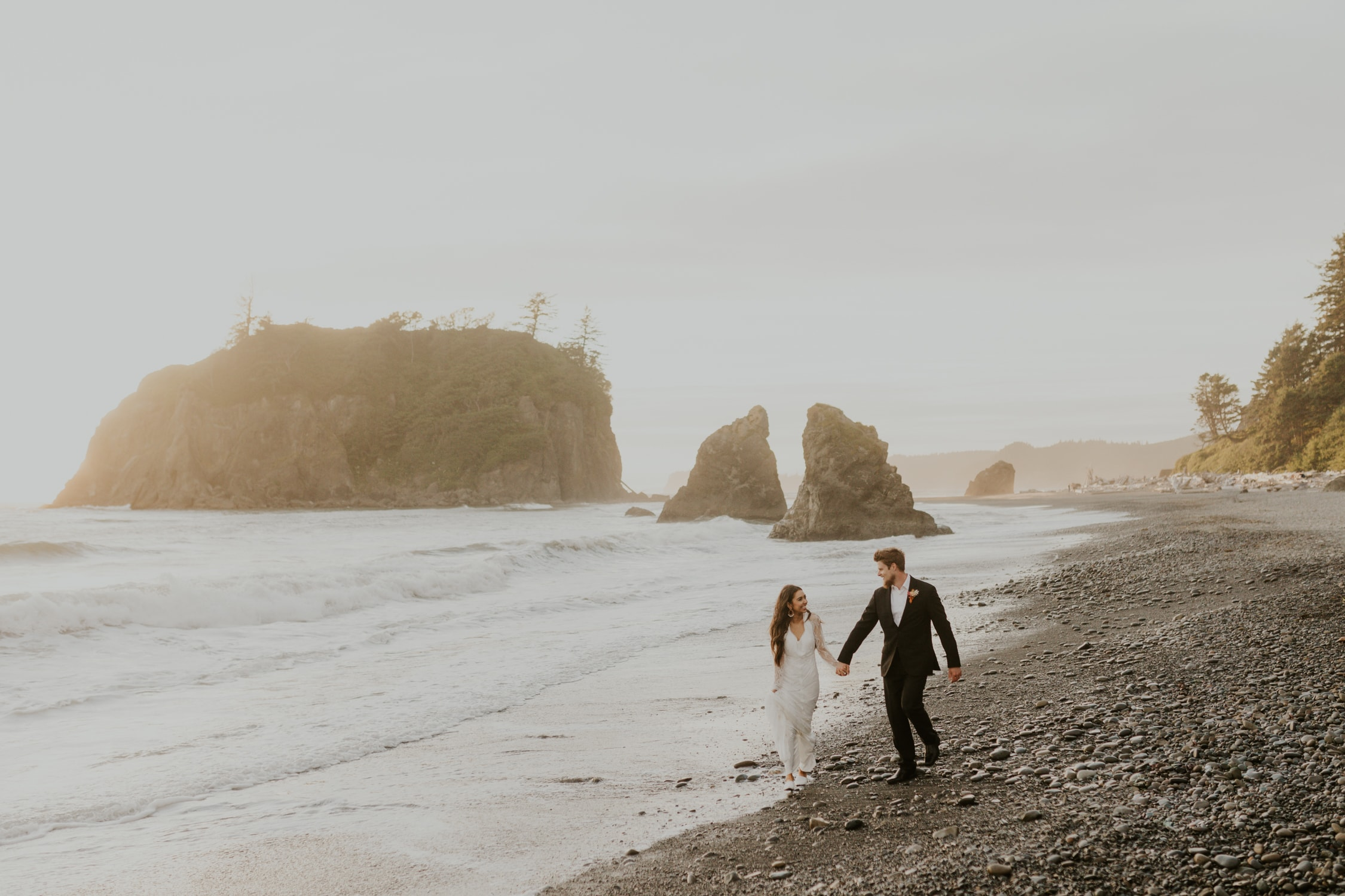 Ruby Beach elopement in the summer.