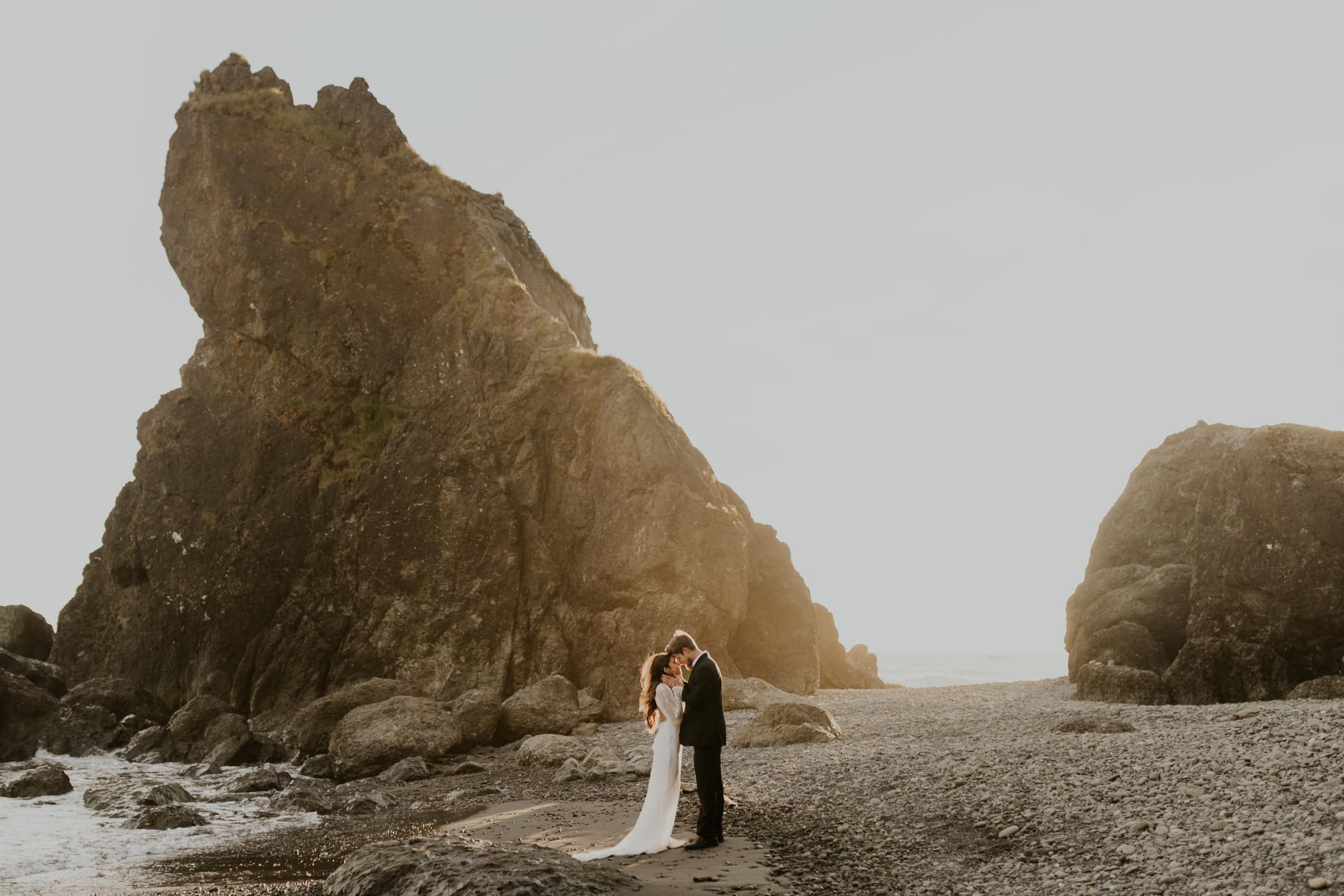 A couple eloping on Ruby Beach in Washington State.